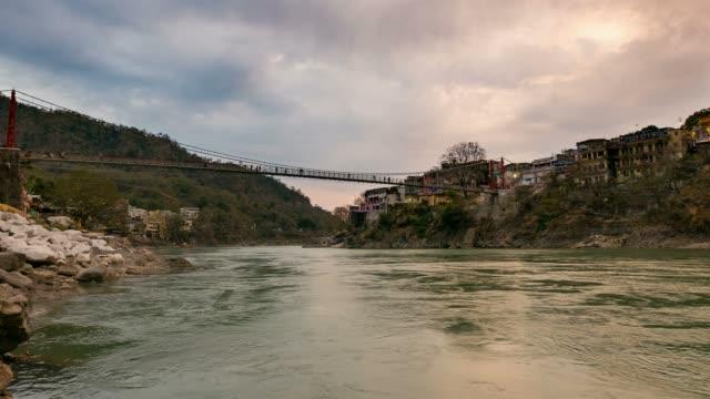 Dusk-time-lapse-at-Rishikesh-India-
