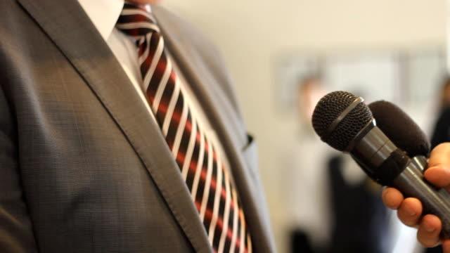 Interview-Wirtschaftsmedien-Mann-Presse