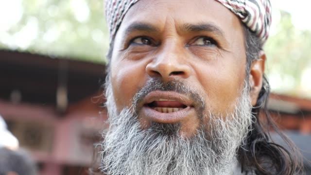 Close-up-of-Muslim-Man