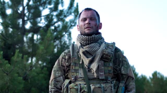 Injured-soldier-looking-away