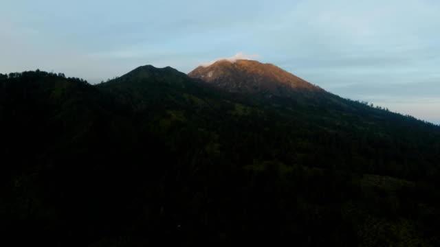 Mountain-landscape-with-sunset-Jawa-island-Indonesia