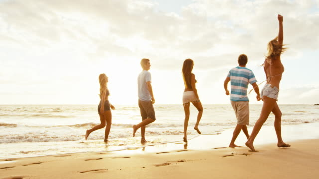 Friends-on-the-Beach-at-Sunset
