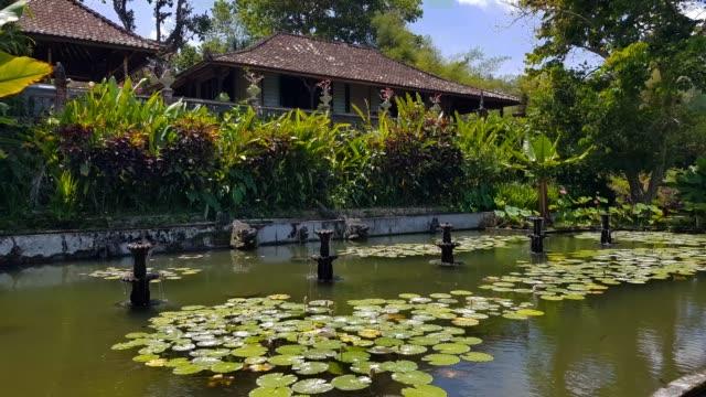 Tirta-Gangga---el-Palacio-del-agua-en-Bali-