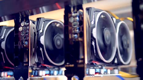Videocards-for-mining-cryptocurrency-during-working-process