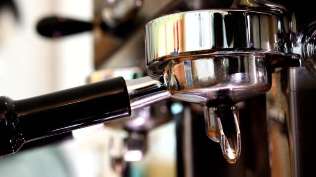 coffee-grinder-machine-in-cafe-restaurant