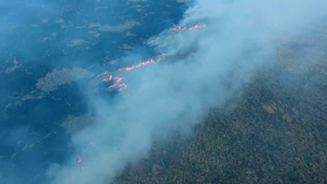 Aerial:-Spring-wildfire-in-droughty-weather