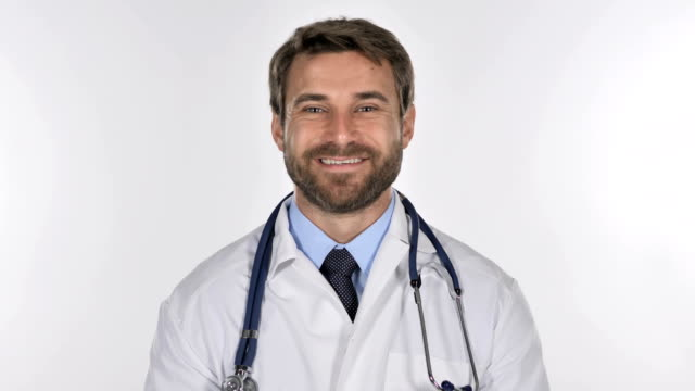 Portrait-of-Smiling-Doctor-Looking-at-Camera