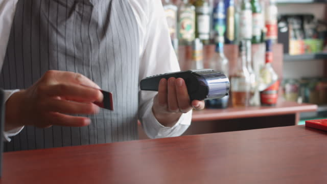 Aceptar-el-pago-del-cliente-con-tarjeta-de-crédito