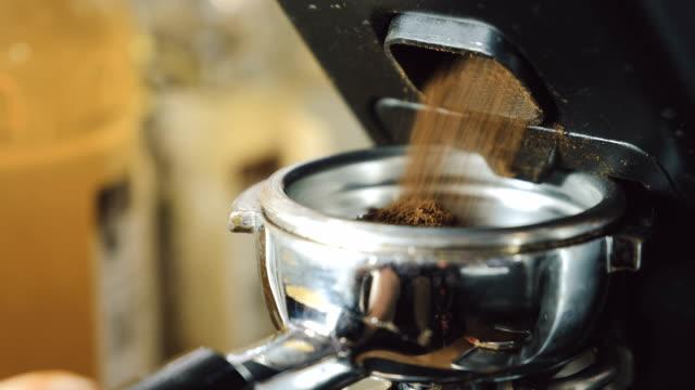 Grinding-coffee-beans-machine