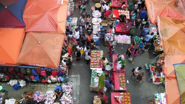 Mercado-en-Manila