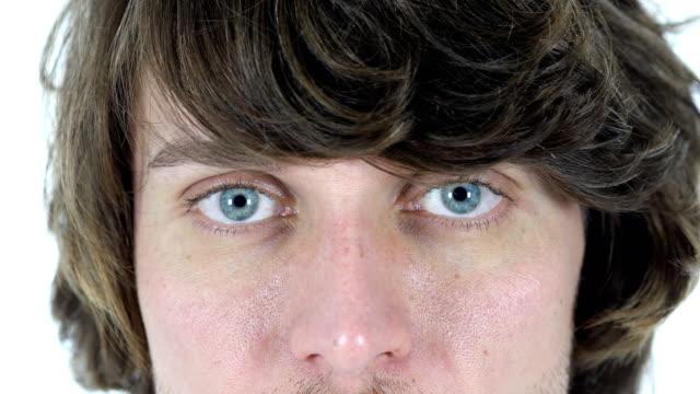 Blinking-Eyes-of-Man