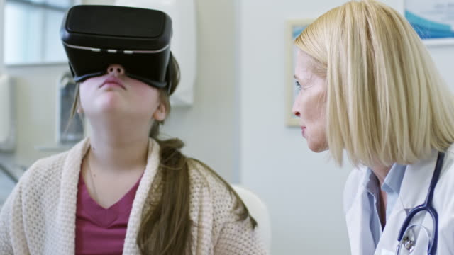 Girl-in-VR-Headset-on-Dietician-Appointment