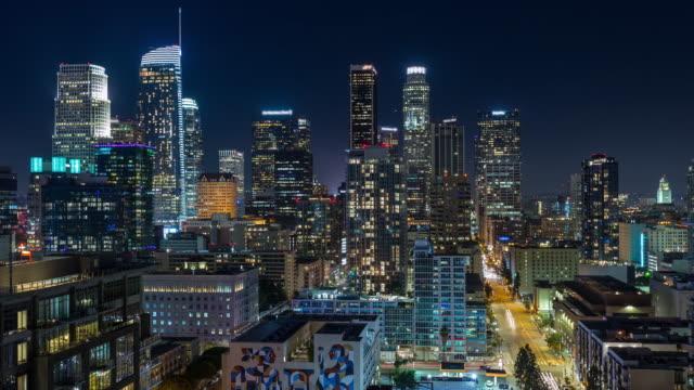 Centro-de-Los-Ángeles-horizonte-en-Timelapse-de-noche