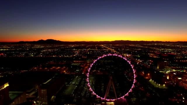 Aerial-Stadtansicht-Las-Vegas-Strip-Dawn