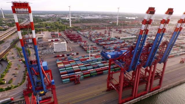 Cargo-Container-in-Hamburg-Harbor