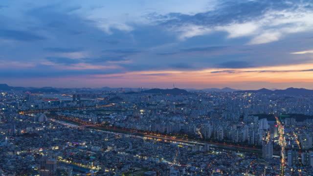 Time-lapse-of-Seoul-City-Skyline-South-Korea