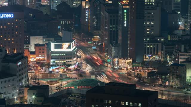 Seoul-Korea-Timelapse---The-city-traffic-at-Night-in-the-Korean-capital