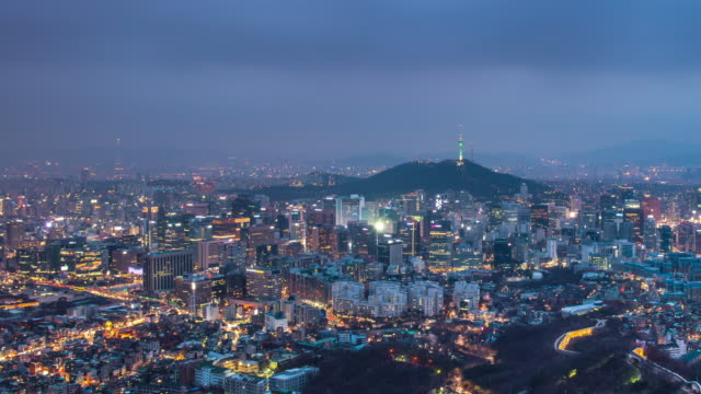 Time-lapse-Cityscape-of-Seoul-with-Seoul-tower-South-Korea-