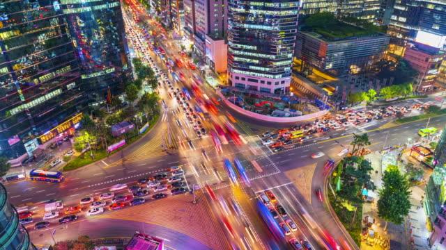 Zoom-in-Timelapse-Traffic-at-night-in-Gangnam-City-Seoul-South-Korea