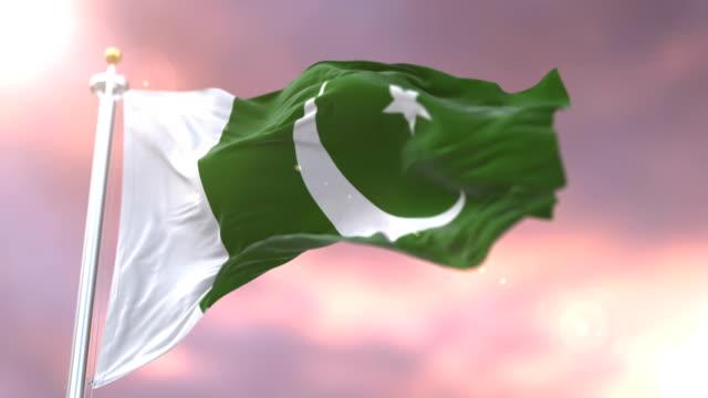 Flagge-von-Pakistan-winken-wind-bei-Sonnenuntergang-in-langsamen-Schleife
