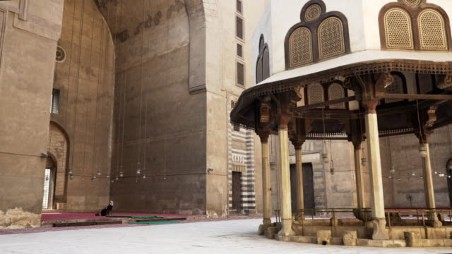 close-up-pan-of-the-mosque-of-sultan-hassan