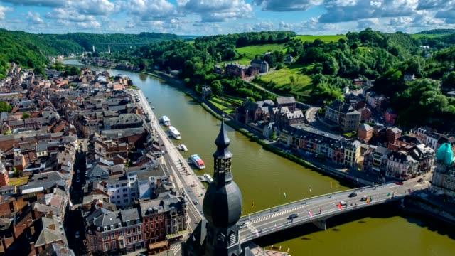 Ciudad-de-timelapse-de-Dinant-Bélgica