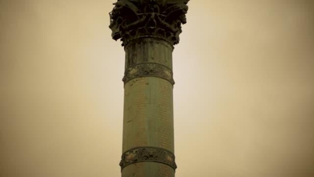 París,-Francia,-la-Plaza-Monumento-de-la-Bastilla