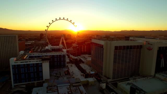 Las-Vegas-Strip-Sonnenaufgang-Luftbild-der-Stadt