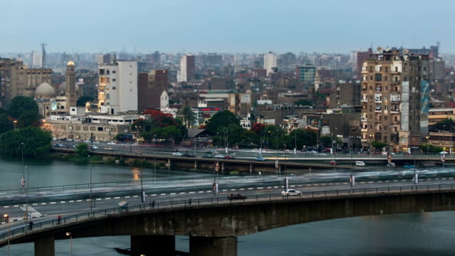 Cairo-traffic-day-to-night-timelapse