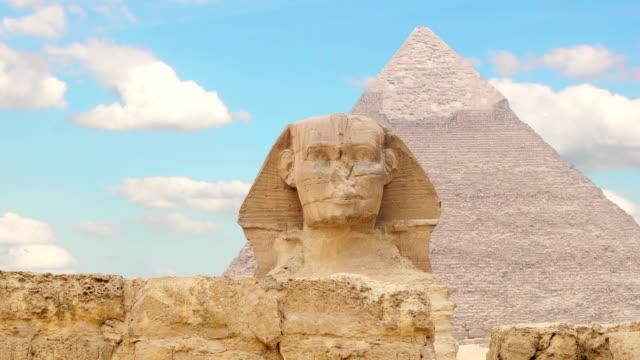 TIMELAPSE-Wolken-über-Der-Cheops-Pyramide-und-Sphinx-Gizeh-Ägypten-v-2