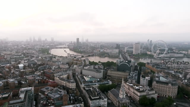 New-London-Aerial-View-of-Iconic-Famous-Landmarks