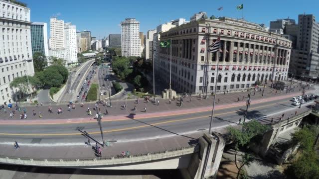 Vista-aérea-del-centro-de-Sao-Paulo---el-valle-de-Anhangabau,-Brasil