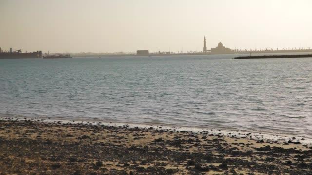 Puesta-de-sol-mar-y-Mezquita