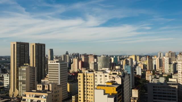 Timelapse-vista-de-Curitiba-ciudad-paraná-Brasil