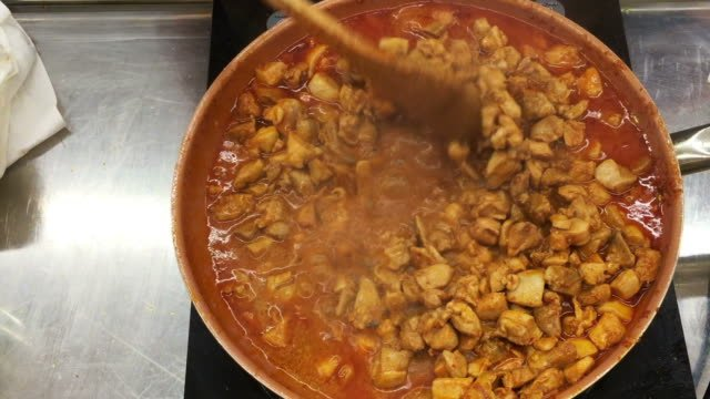 Mexican-chicken-Taco-meat-cooking-in-a-pan