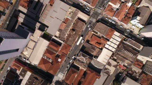 Antenas-de-ciudad-vida-conceptos