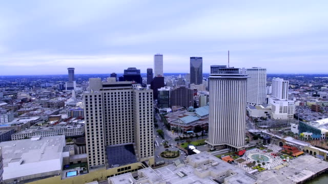 4k-Aerial-view-of-New-Orleans,-Louisiana