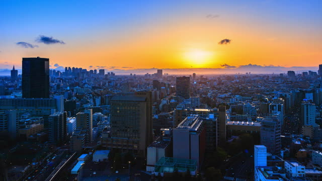 4K-Time-lapse-view-sunset-at-Tokyo-city-in-japan