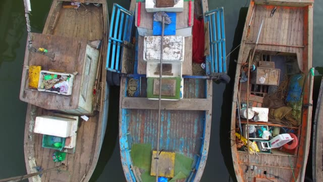 Top-View-of-Boats-in-a-Pier