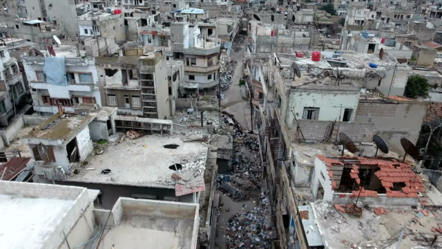 Aerial-view-over-houses-in-Aleppo-in-the-war