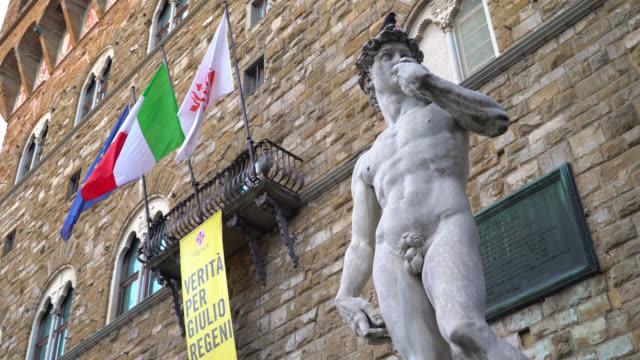 Piazza-della-Signoria-Florence-Tuscany-Italy-View-of-the-Replica-Of-Statue-of-David