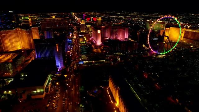 Las-Vegas-Strip-bei-Nacht-Aerial-Stadtansicht