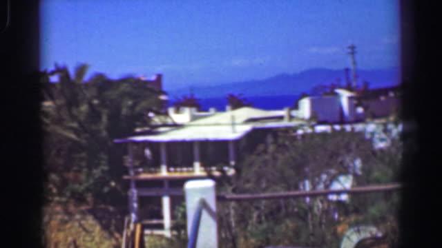 1952:-Fancy-wealthy-tropical-cliff-ocean-view-villa-mansion-home-