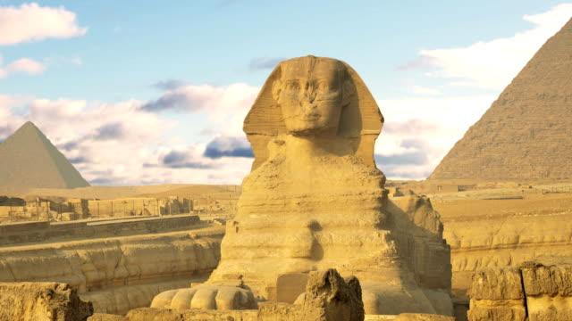 Zeitraffer-Wolken-über-der-Pyramide-des-Cheops-und-Sphinx-Kairo-Ägypten-