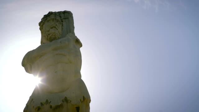 Estatua-de-Poseidón-en-Grecia