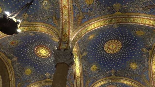 Iglesia-de-todas-las-Naciones-Iglesia-católica-franciscana-en-el-huerto-de-Getsemaní