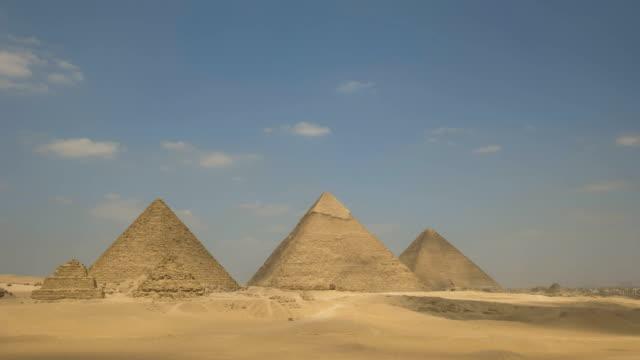 """Zeitraffer-der-Pyramiden-von-Gizeh-in-Ã""""gypten"""