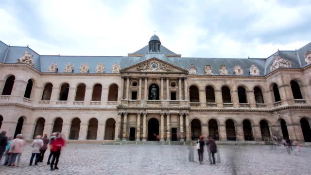 Gran-tribunal-de-complejo-de-los-inválidos-timelapse-hyperlapse-París-Francia