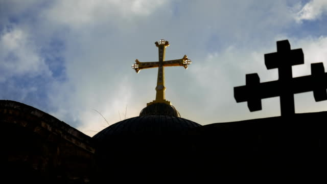 Cruz-en-el-templo-del-Santo-Sepulcro-en-Jerusalén