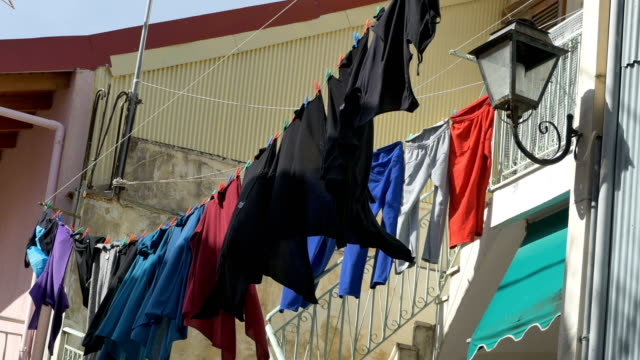 Laundry-on-Wire-in-Wind
